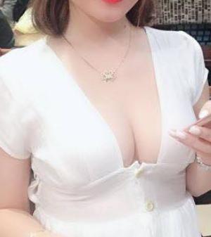 nâng ngực được mấy năm