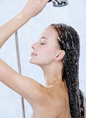 Nâng ngực nội soi bao lâu được tắm