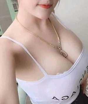 khuyến mãi nâng ngực