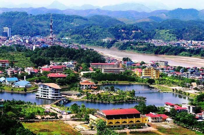 Nâng ngực nội soi ở Lào Cai
